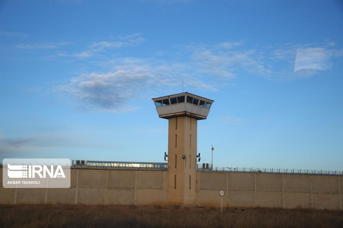 خبرنگاران تعدادی زندانی از زندان پارسیلون خرم آباد فرار کردند